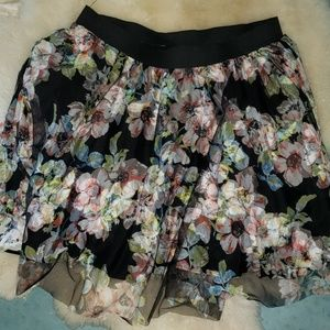 Ladies floral skirt with multi layers